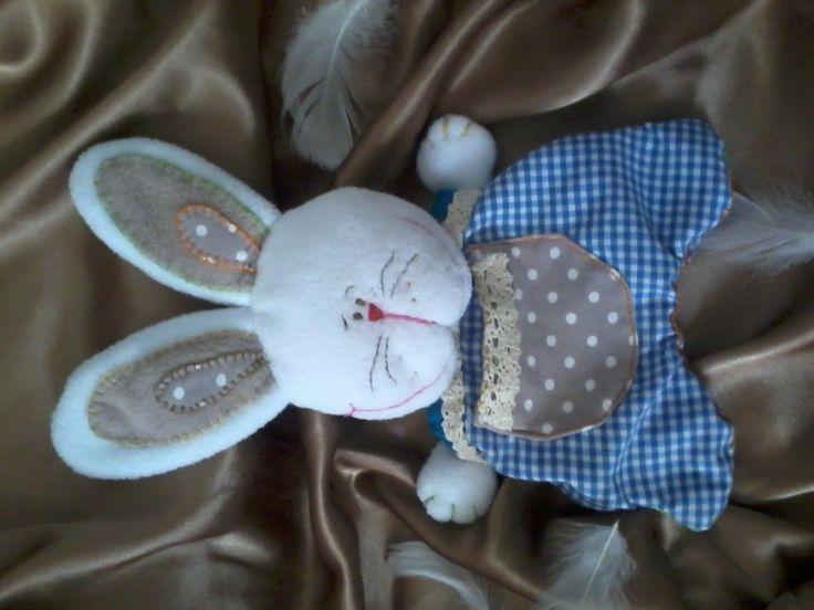 zajac- woreczek z przodu