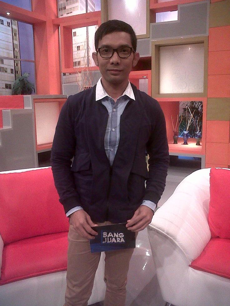 Indra Herlambang, host of Sang Juara on B Channel
