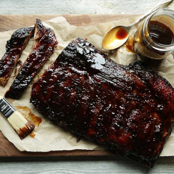 Fire up those grills and try these slow roasted Honey-Hoison Grilled Spare Ribs right over the open flame!