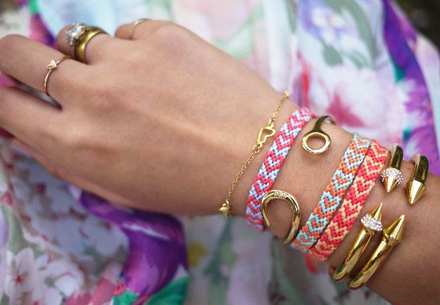 "The Hearts | 15 ""Summer Camp Style"" Friendship Bracelets You Can Make Right Now"