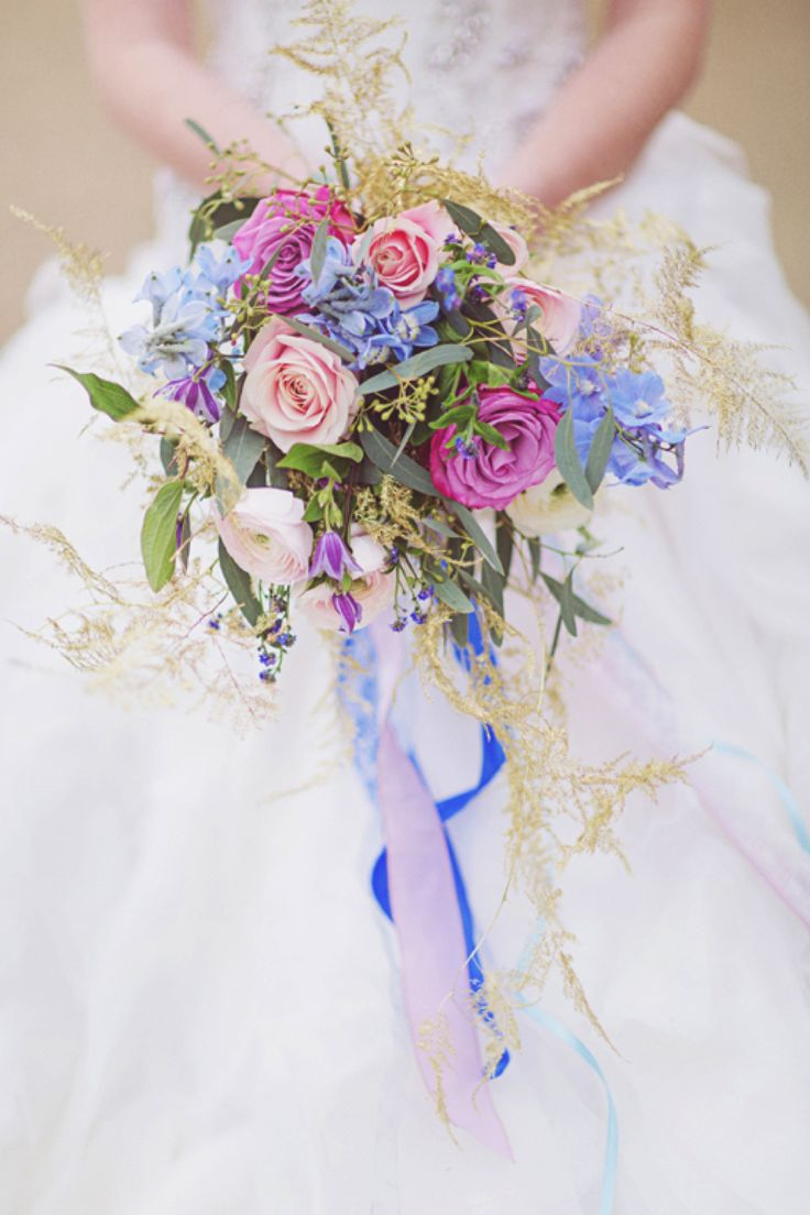25 swoon worthy spring amp summer wedding bouquets tulle amp chantilly - Flower Trends For 2016 Cascading Bouquets Blue Sky Flowers Image Sanshine Photography