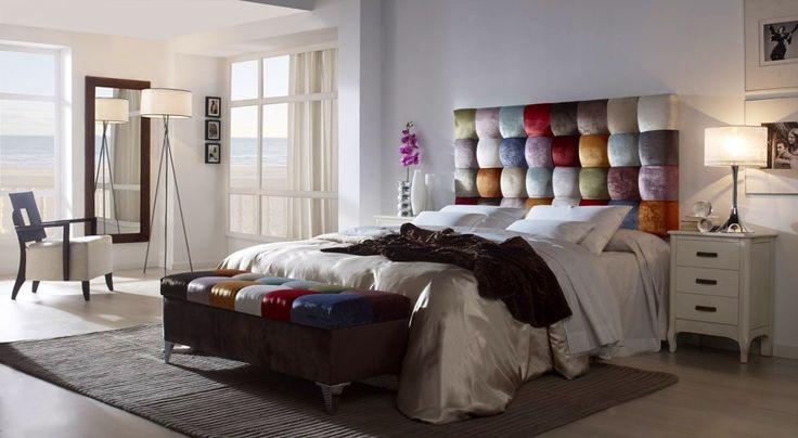 Sengegavl i Fløyel: Kolleksjon PATCHWORK CUADROS.   #patchwork #seng #sengegavl #design #design #interior #interiør #interiormirame #fargerik