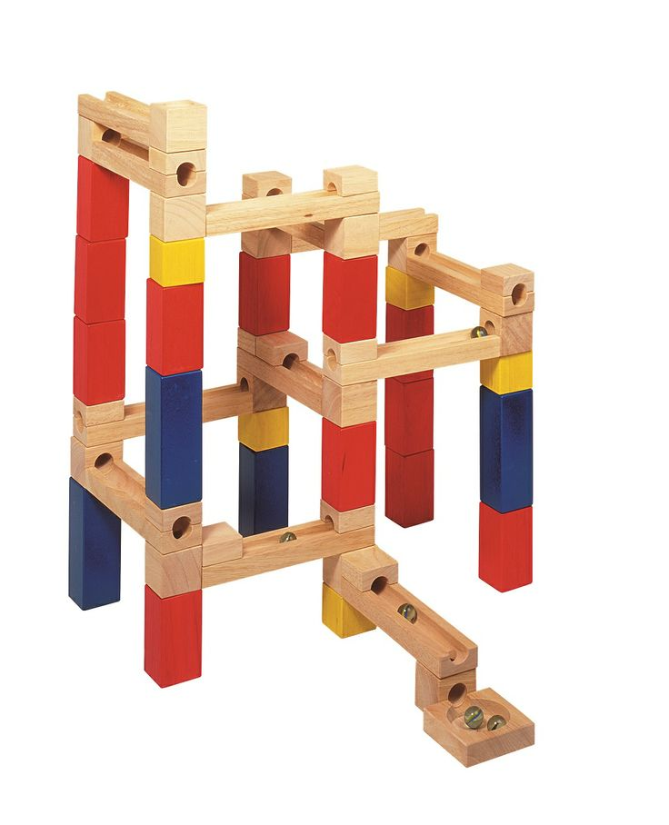 Natural and high quality toys to the development of the skills of children. Build´n Roll set