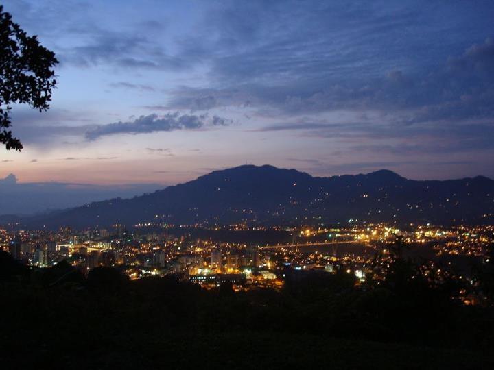 #Pereira de Noche