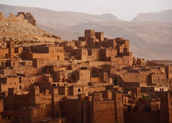 Morocco offers lavish palaces, world's largest desert and more !