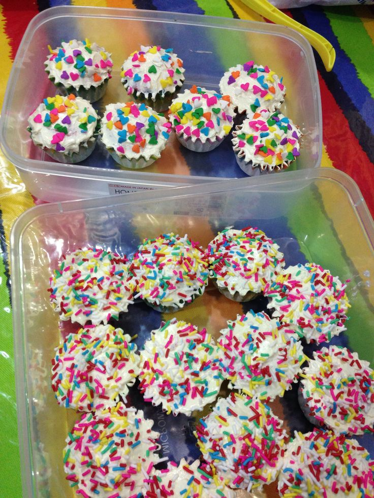 Mini rainbow cupcake