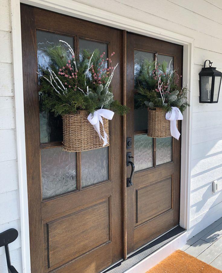 Holiday Housewalk 2018 Christmas Porch Decor Front Door Christmas Decorations Christmas Front Doors