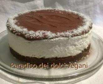 Cheesecake vegan al cocco e cioccolato (crema spalmabile alla nocciola e cacao)