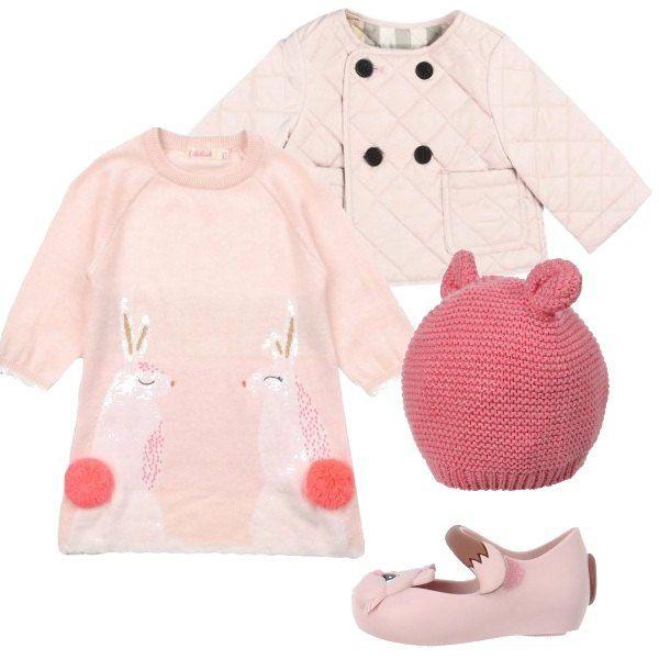Per una piccola principessa propongo un vestito a maniche lunghe, giubbotto trapuntato multitasche monopetto, berretto e ballerine con suola in gomma.