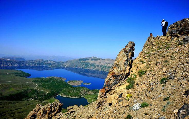 Nemrut Krater Gölü'ne ilgi artıyor.