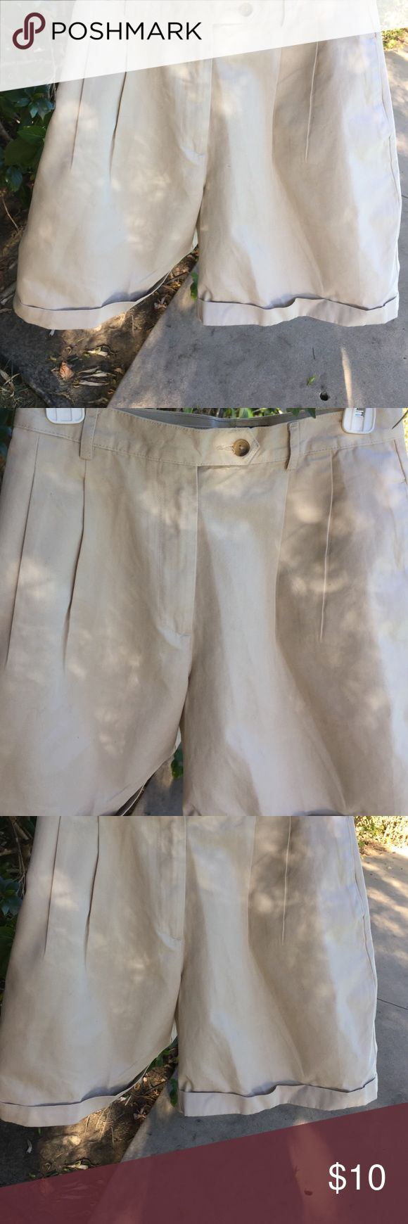 Charter Club pleated & cuffed beige shorts Charter Club beige shorts with pleats in front and cuffs on the bottom. In great condition. Looks brand new. 100% cotton. Has side pockets. Shorts Bermudas