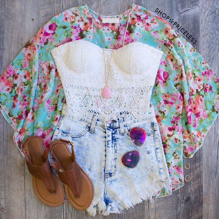 Raya Floral Kimono  #Fashion #Likeifyoulikey #OOTD  Please follow this board and me for more posts/pins!
