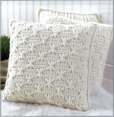 Description Aran Pillows to Crochet is a fresh collection of home accessories in a classic style, perfect for every kind of decor! Becky Stevens designed the seven crochet patterns with plenty of inte