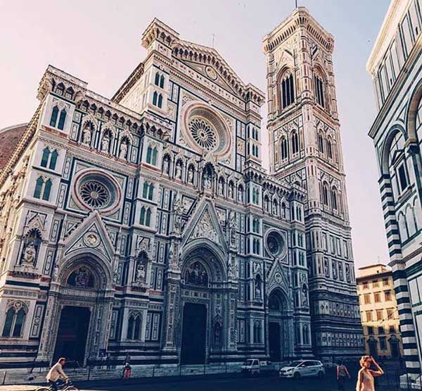 Santa Maria del Fiore, designed by Arnolfo di Cambio, is the third largest church in the world (after St. Peter's in Rome and St. Paul's in London) and was the largest church in Europe when it was completed in the 15th century. https://www.pilgrim-info.com/piazza-del-duomo-florence/