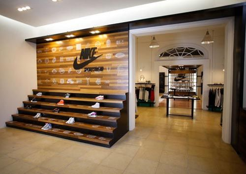 Retail Design | Footware | Nike | Interior design | Nike ...