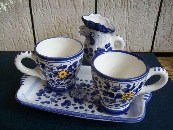 #tazzine e #mug con galletto di #Ceramica dipinta a mano #Italy #Arabesco http://ceramicamia.blogspot.it/p/tazze-tazzine.html