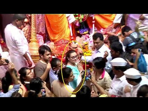 Rani Mukherjee at Lalbaugcha Raja for Ganpati Darshan | Ganesh Chaturthi 2014.