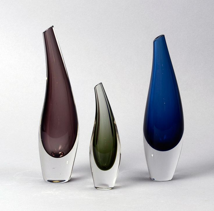 Tapio Wirkkala Fish bladder vase for #iittala.  Classic #Finnish #design #TapioWirkkala #Scandinavian #glassware