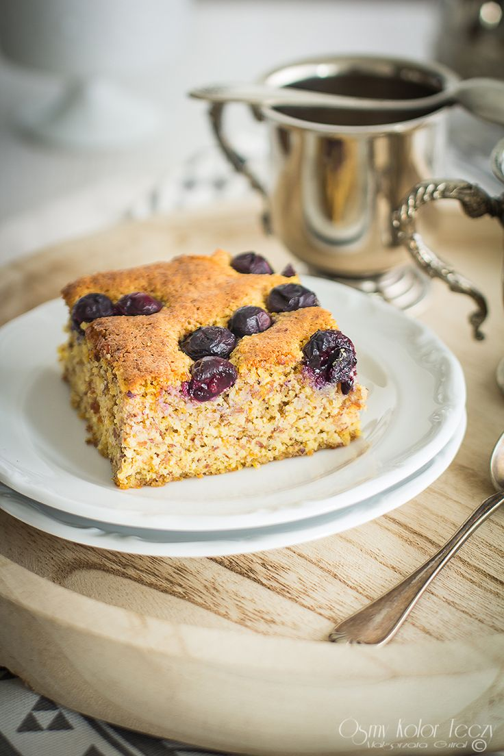 Flourless orange cake with blueberries