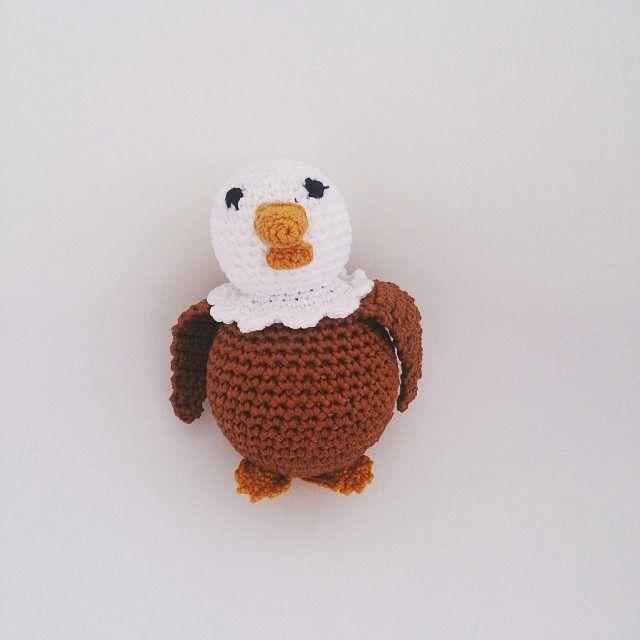 Orzeł miał być na nasz półfinał w euro2016. Półfinału nie ma - został orzeł 😊 #motkovelove #handmade #poland #polska #orzeł #euro2016 #crochet #crocheting #crocheted #crochetaddict #instacrochet #yarn #rekodzielo #recznarobota