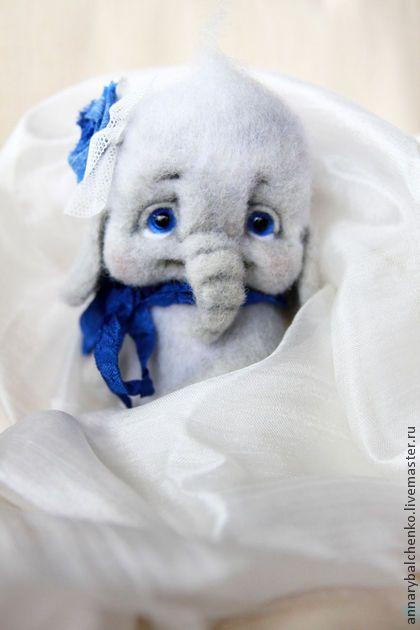 Слоняшка Ириска - серый,синий,слон,слоник,слоники,слониха,слоненок,Сухое валяние