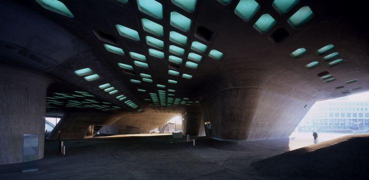 Phaeno Science Centre - Architecture - Zaha Hadid Architects