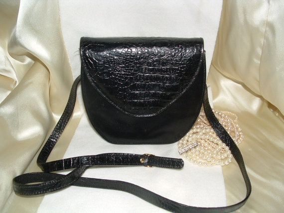 Famarc Black Leather Shoulder Bag w/ Faux by twocrazybagladies, $33.99Black Leather, Leather Shoulder Bags