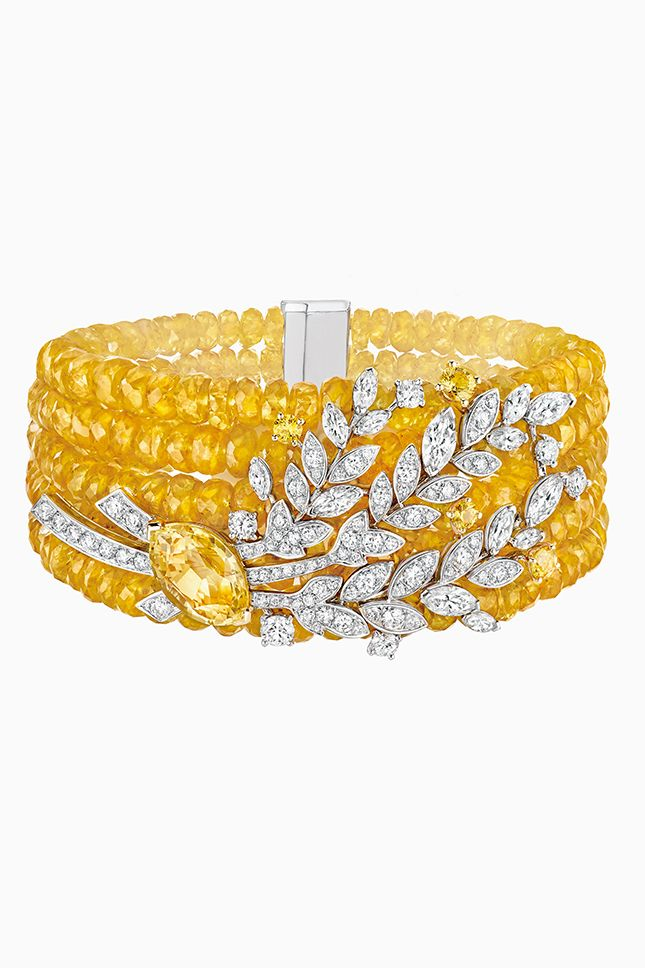 393 best mustard yellow images on pinterest mustard for Mustard colored costume jewelry