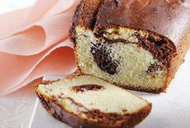 Κέικ βανίλια – κακάο με γιαούρτι