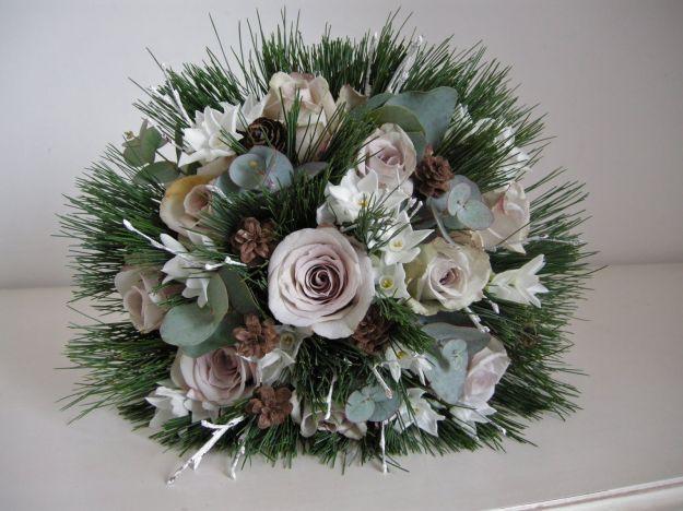 abbastanza Oltre 25 fantastiche idee su Composizioni di fiori invernali su  HA94