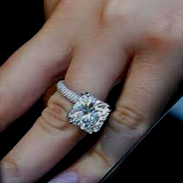 My Dream Ring - khloe kardashians wedding Ring = LOVE IT !