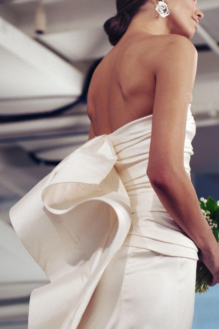 miguelyatco: oscar does it best. oscar de la renta, bridal 2015 (oscarprgirl)by miguel yatco