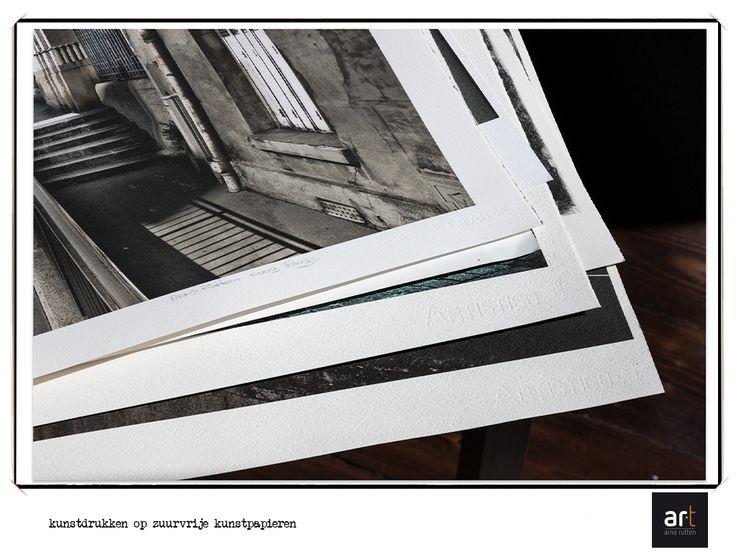 Highest quality acid free art paper for Giclée prints.  Hoogste kwaliteit zuurvrije kunstpapieren voor Giclée prints (kunstdrukken).