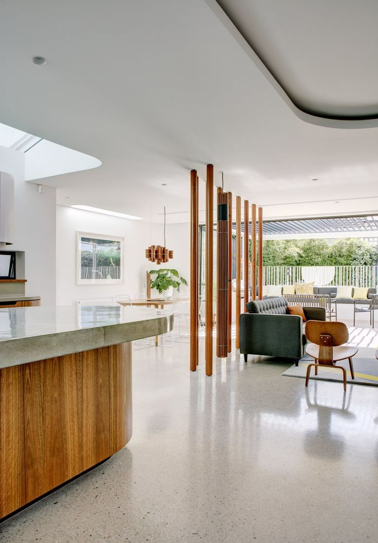 A Heritage Art Deco House in Australia Gets a Modern Update - Photo 1 of 12 - Dwell