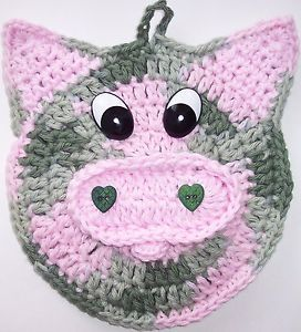 Crochet Pig Potholder made by Linda Weddle