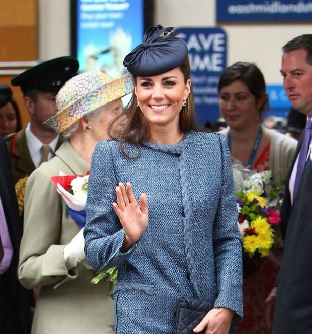 The Duchess of Cambridge dressed up as Cheryl Cole for hen night #royal #fashion #london