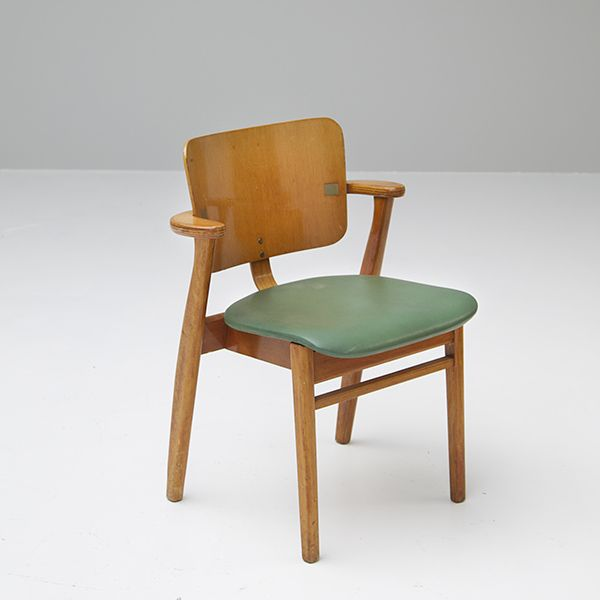 Domus Chair by Ilmari Tapiovaara