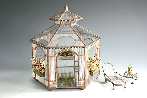 Gazebo with two-tiered roof - Sunflower Glass Studio | Minature Buildings