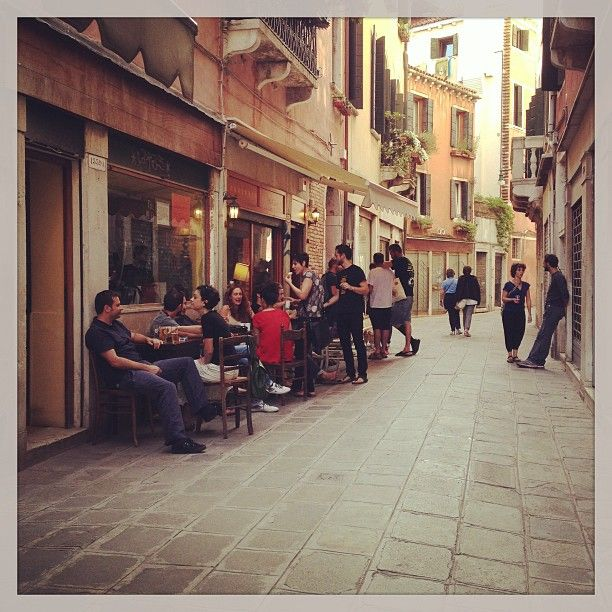 Best place in Venice for music and atmosphere!