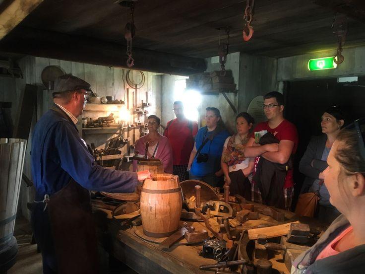 Barrel-maker workshop at Zaanse Schans | Ukázka výroby sudů v Zaanse Schans