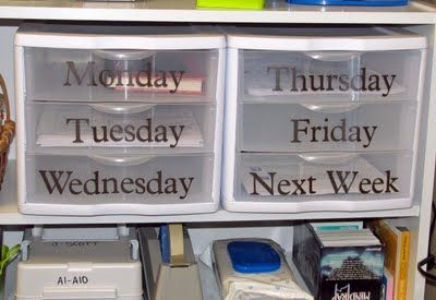Organizing Weekly Lesson Materials: Lessons Materials, Materials Better, Organizations Ideas, Organizations Weeks, Schools Organizations, Lessons Plans, Classroom Organizations, Teacher, Weeks Organizations