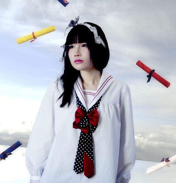 ネバアランド ネリネ・ブラウス [Neb aaran do] Nerine blouse 2011-12 3rd trimester collection 'Glückwunsch!' model: 雪 / YUKI