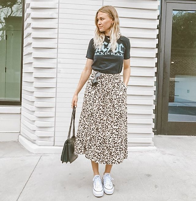 Leopard skirt, Pleated skirt outfit