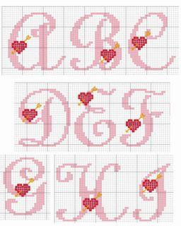Este abecedario colo rosa quedará muy bonito para hacer algun detalle en San Valentín,aunque también quedaría bien para la Navidad si en ...
