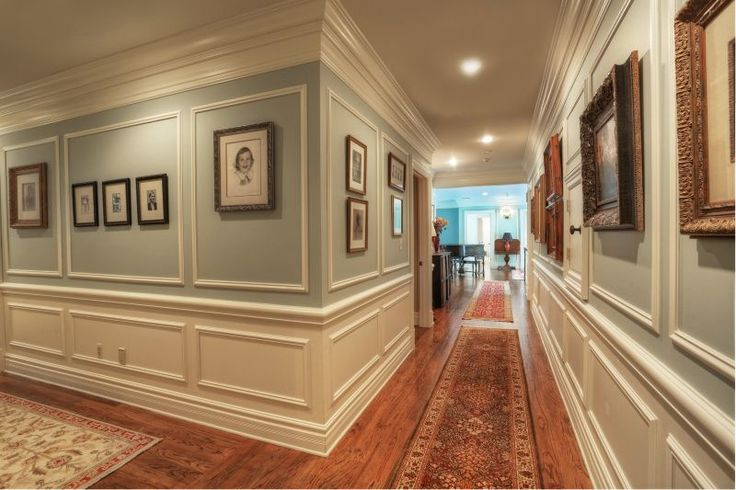 17 best ideas about wainscoting hallway on pinterest for Standard crown molding size