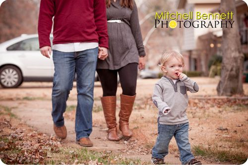 18 month photo ideas, 12 month photo ideas. 18 month family photo ideas, christmas, toddler picture ideas, holiday, family christmas poses, family of 3 poses, Mitchell Bennett Photography