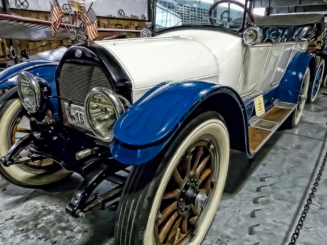 1915 Overland Model 82 Touring Car