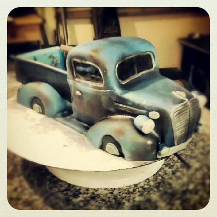 497 best Vehicle worker cakes images on Pinterest Biscuits Car