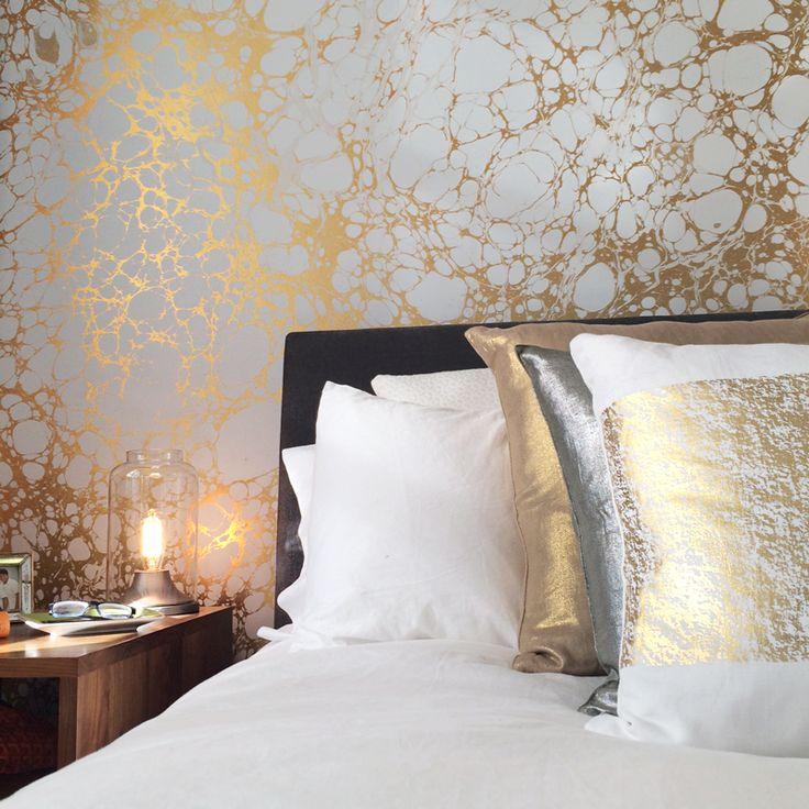 Calico wallpaper wabi bedroom marbled marble wallpaper for Gold bedroom wallpaper