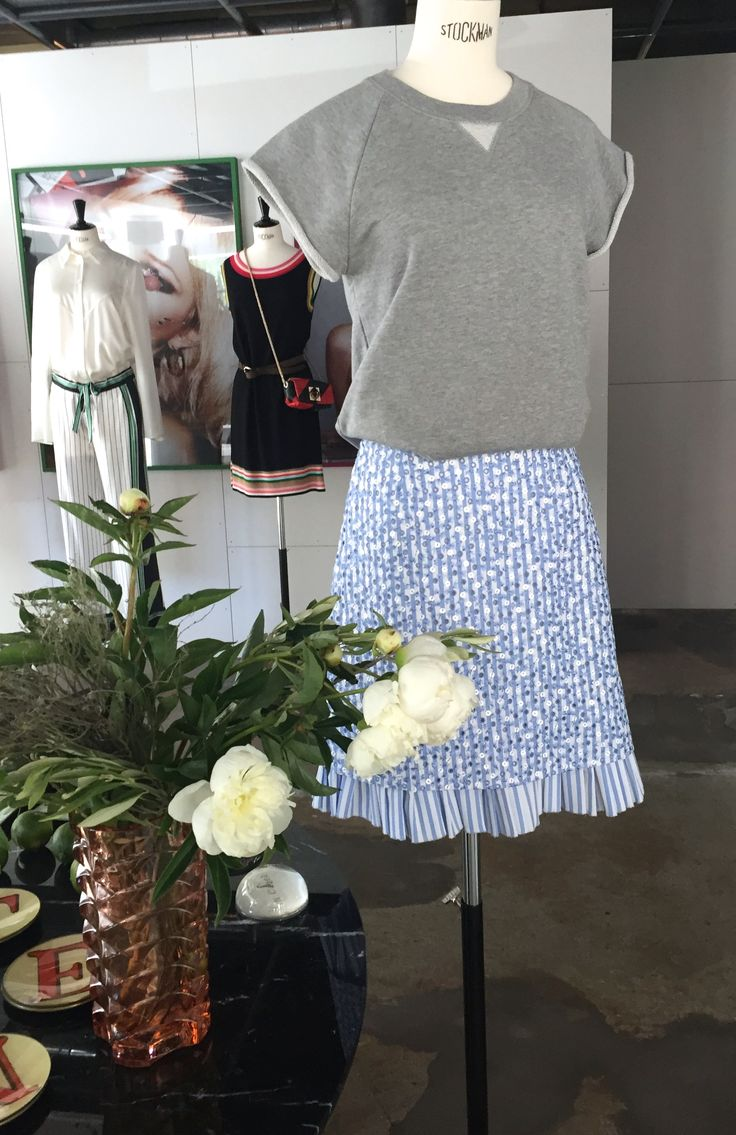 Leandra - A flirty summer skirt that features a special, eye-catching combination of broderie anglaise and sequin embroidery on cotton poplin fabric Swiss made